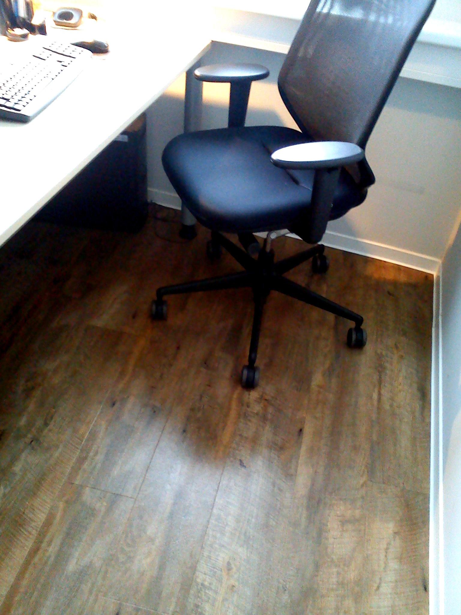 Limpieza de oficinas en zaragoza cangurin for Trabajo para limpiar oficinas